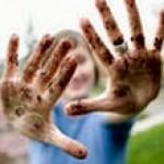 Как отмыть руки после работы на даче