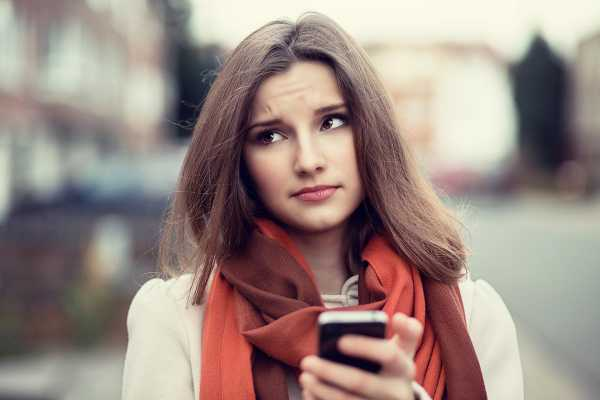 А вам пишут обидные комментарии в соцсетях? Почему нас цепляют комментарии хейтеров
