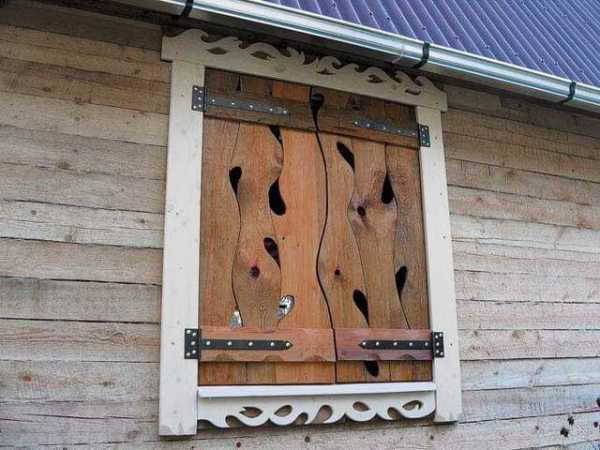 Как установить деревянные ставни на окна своими руками