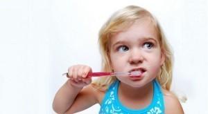 Особенности детской зубной пасты: как выбрать?